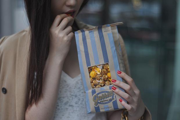 pastel_beige_red_popcorn_elleiconlee_06